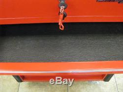 SNAP-ON TOOL BOX roll around 6 drawer large top and bottom. MINT
