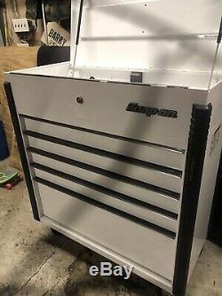 Snap On 5 Drawer Roll Cart Gloss White Titanium Trim KRSC46 40 Tool Box