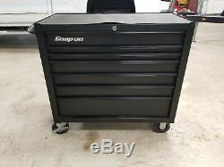 Snap On KRA4107 tool box 7 drawer flat black roll around cab